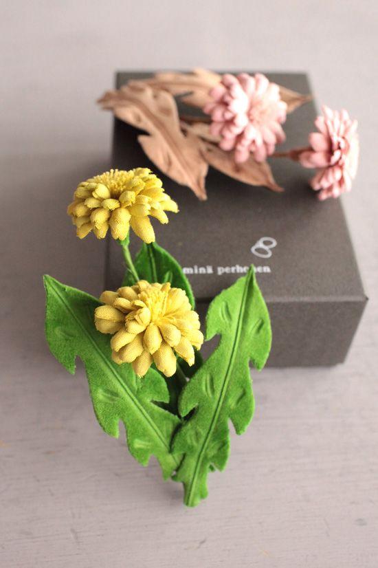 dandelion corsage / mina perhonen