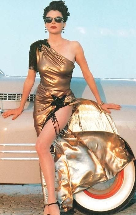 Annette Bening in 1940s Gold & black gown. - 'Bugsy', 1991.