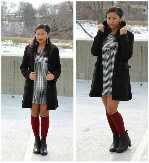 Sixties style dresses with knee high boots