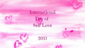 Are you interested in learning more about self love in 2017? I give you a quick introduction to this year's theme and also a link to an online gathering - Recovering Wholeness Blog