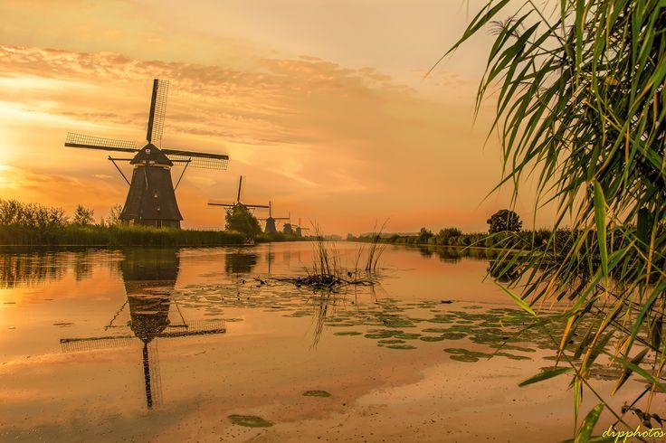 https://flic.kr/p/UFvfhj | Windmills...