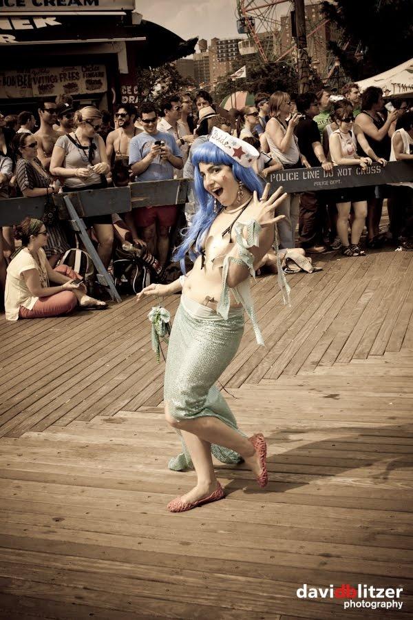 2007 mermaid parade 1 - 3 1
