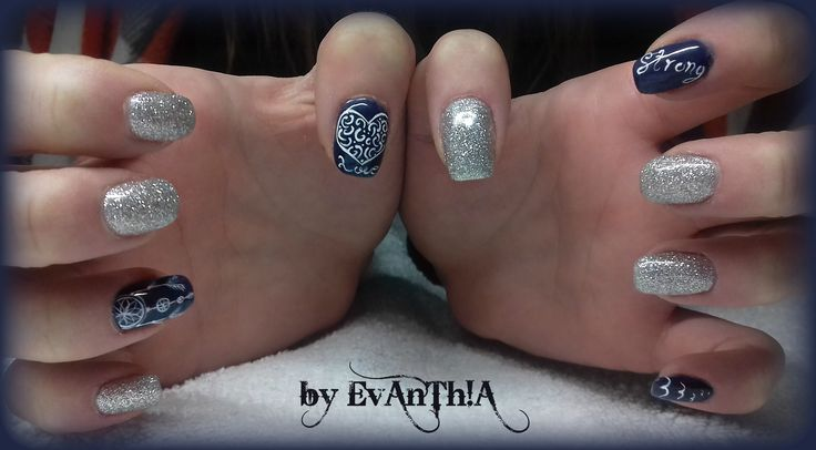 #nails #manicure #gelnails #prettynails #love #freedom #strong #dreamcatcher #nailart #silver #glitter #gelpolish #cmarso #by_Evanthia