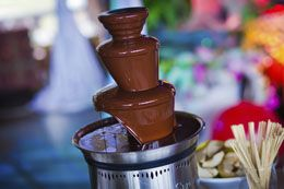 You can make smooth, flowing chocolate fountains without the use of oil. In this article we will take a look at some of the chocolate fountain recipes without oil. Read on...