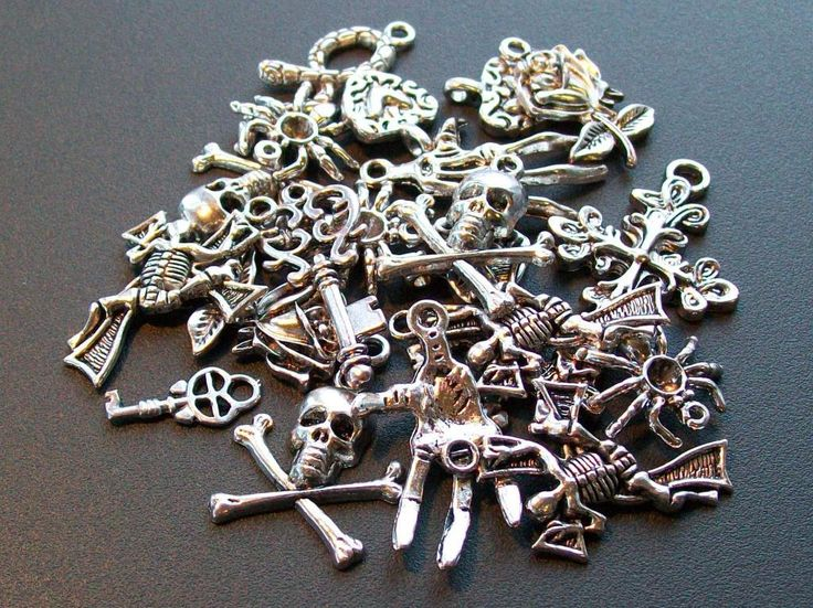Goth MIX 22 smyckesdetaljer i tibetsilver på Tradera.com