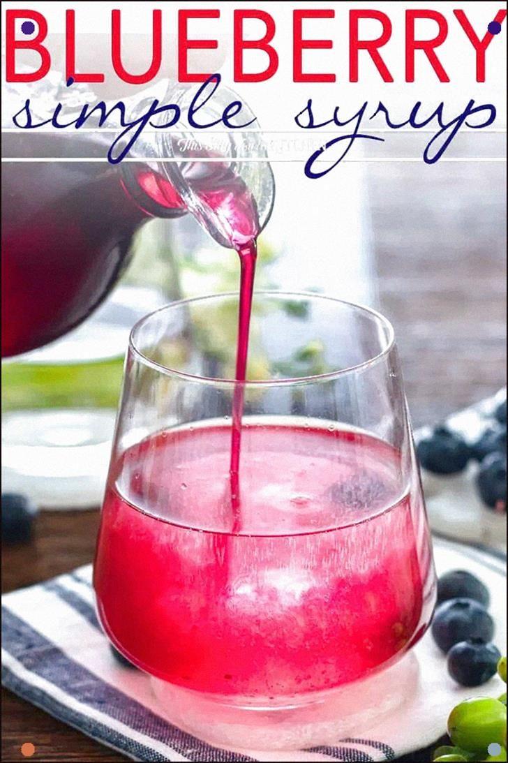 Blueberry Simple Sirup wird mit nur drei einfachen Zutaten hergestellt. #Rezept von …