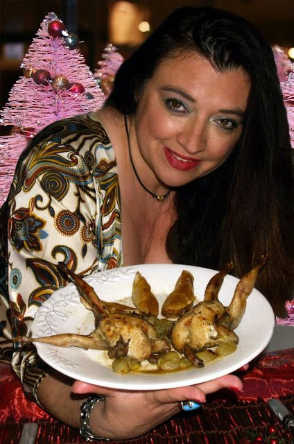 Gourmet Food Lovers: QUAILS WITH GRAPES, GRAPE JUICE AND COGNAC | ΟΡΤΥΚΙΑ ΜΕ ΧΥΜΟ ΚΑΙ ΡΟΓΕΣ ΑΠΟ ΣΤΑΦΥΛΙ ΚΑΙ ΚΟΝΙΑΚ