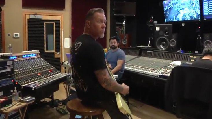 See James Hetfield Play Crushing New Metallica Riff in Studio  Read more: http://www.rollingstone.com/music/news/see-james-hetfield-play-crushing-new-metallica-riff-in-studio-20151102#ixzz3qUH6Cmd1 Follow us: @rollingstone on Twitter | RollingStone on Facebook