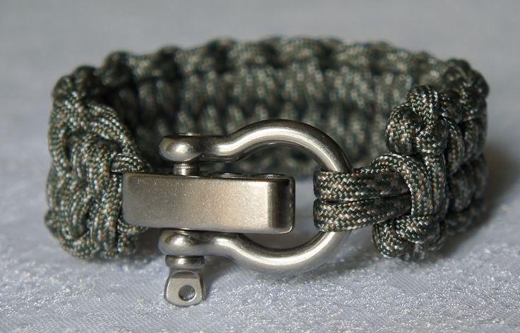 Quick Deploy Blaze bar Paracord Survival Bracelet - Handmade Paracord Accessories - www.ParacordLady.com