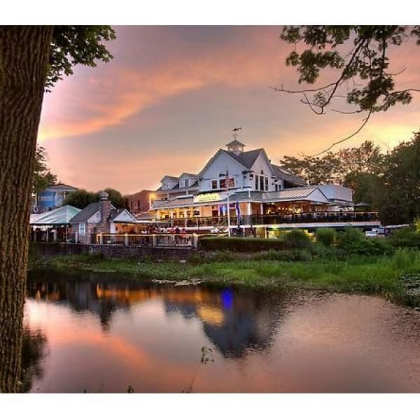 13 of Connecticut's Best Waterfront Restaurants