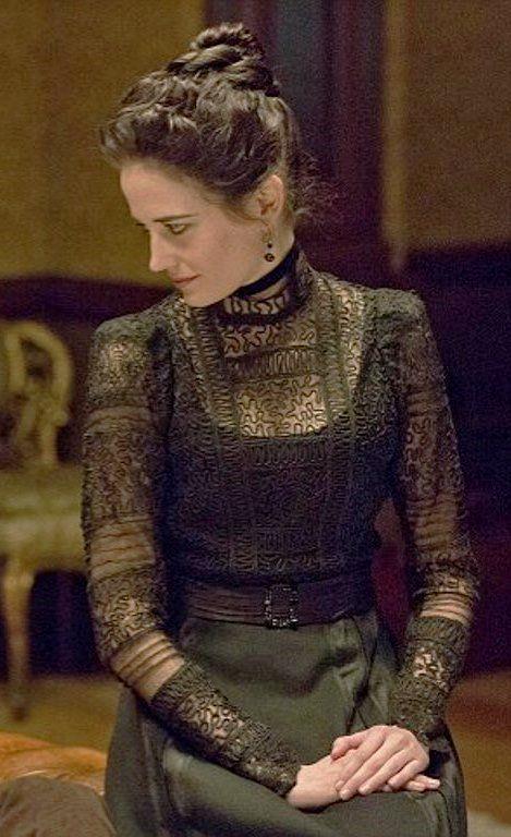 """Eva Green - """"Penny Dreadful"""" (2014) - Costume designer : Gabriella Pescucci                                                                                                                                                      Mehr"""