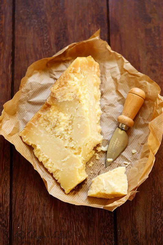 #Parmigiano #Reggiano #Production ~ #Italian #Cheese #Queijos #Italianos