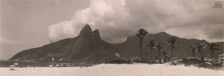 A imagem pode conter: céu, nuvem, montanha, atividades ao ar livre e natureza