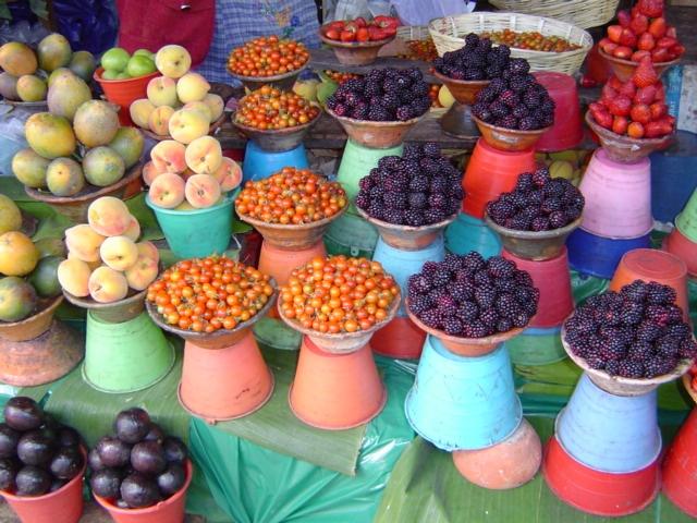Puesto frutas, mercado coyoacán, méxico DF / Fruits, Coyoacán Market DF Mexico City
