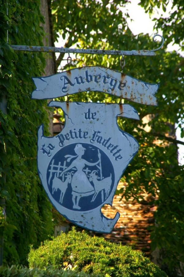"""Auberge de """"La Petite Fadette"""""""