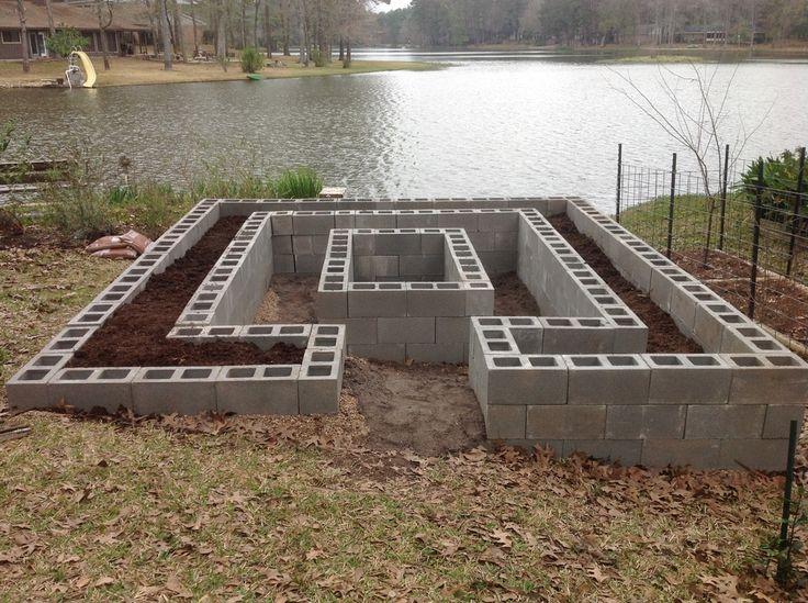 17 best images about cinder blocks on pinterest gardens for Concrete raised garden bed designs