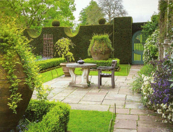 Sundial Garden At Highgrove