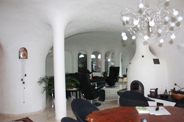 casa di terra eberhardt  http://blog.globocase.com/architettura/le-case-interrate-di-peter-vetsch