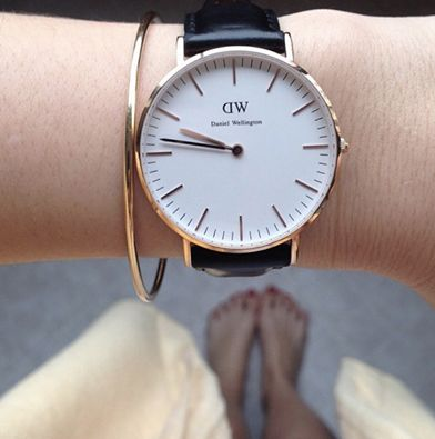 Naked foot style with daniel Wellington