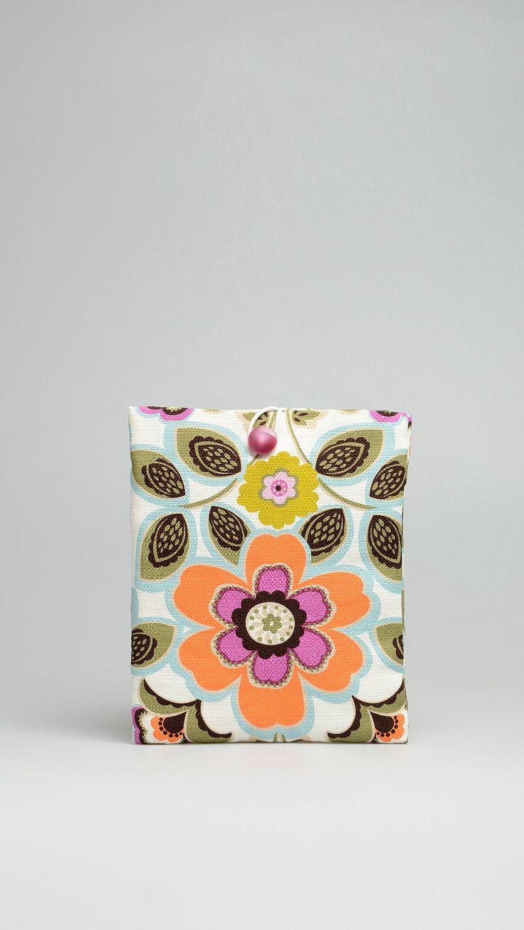 Altea Floral patterned cotton i-pad case, button closure, 8.58 x 9.75 inch - 22 x 25 cm. Multicolour