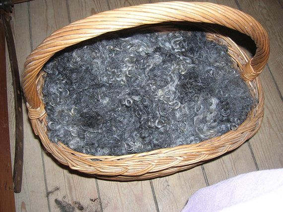 Gotland Washed Fleece 100 gr. Dark Charcoal To Light Grey Spinning And Feltart