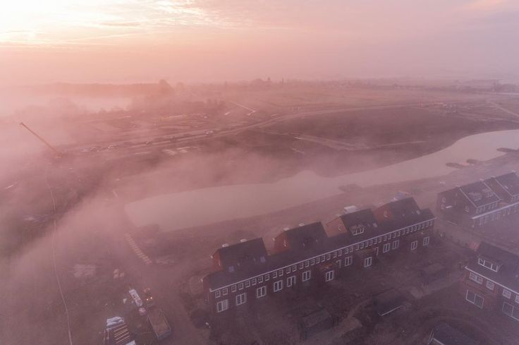 Construction site in the mist near Vianen. Available for print; please contact me