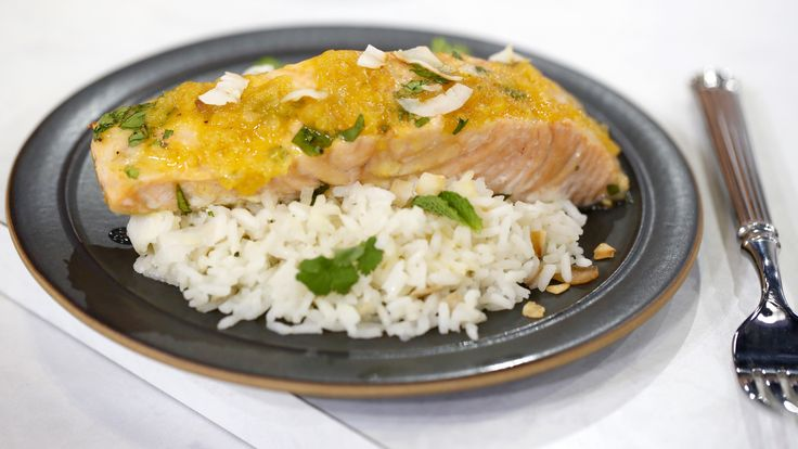 Fresh and healthy, the combination of salmon and passion fruit might sound unusual for some, but it is very popular and beloved in Brazil.