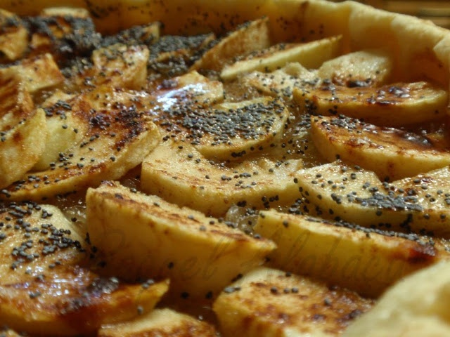 Apple pie and Chila, with poppy seeds