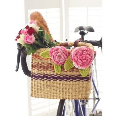 Cabbage Roses - Free Crochet Pattern @ Yarnspirations