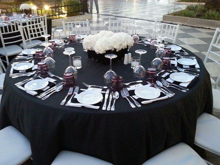 Black table seating!