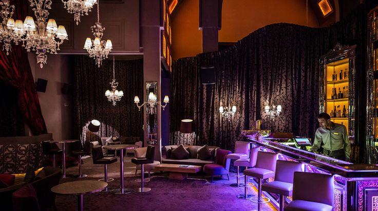 Andromeda @LoungeBar of Palais Namaskar Marrakech http://www.andromedamurano.it/#lounge #architecture #interiordesign #chandelier