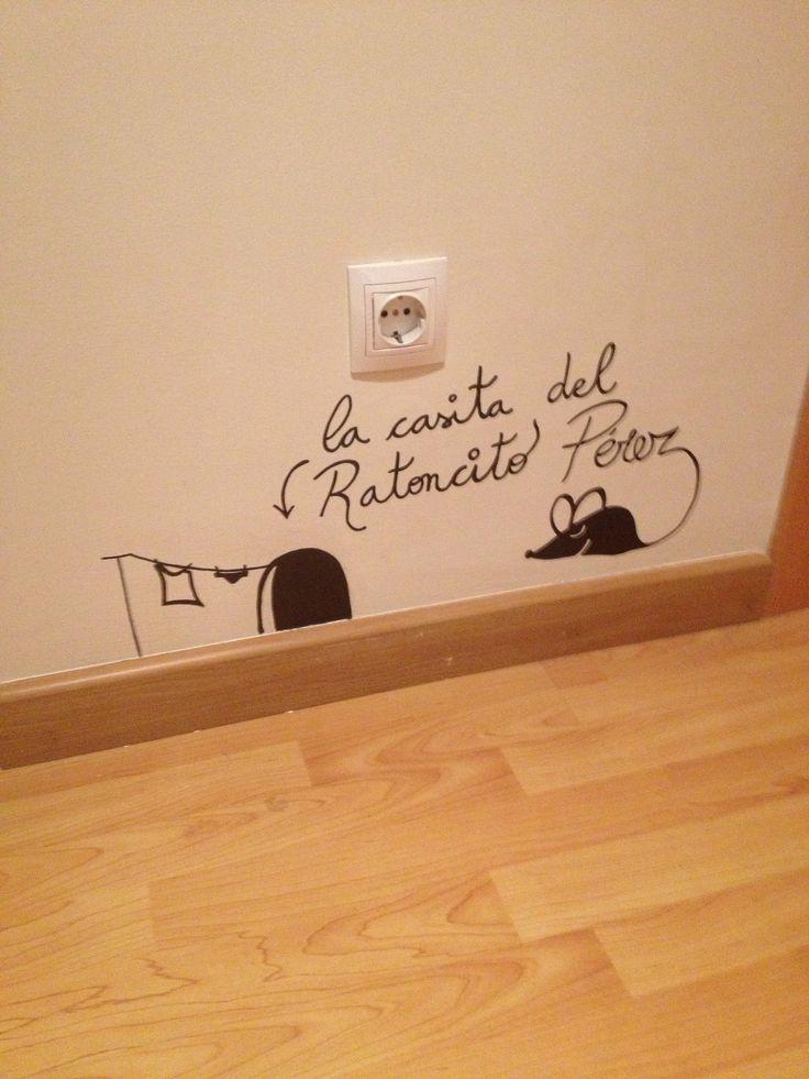 Vinilo casita ratoncito Perez
