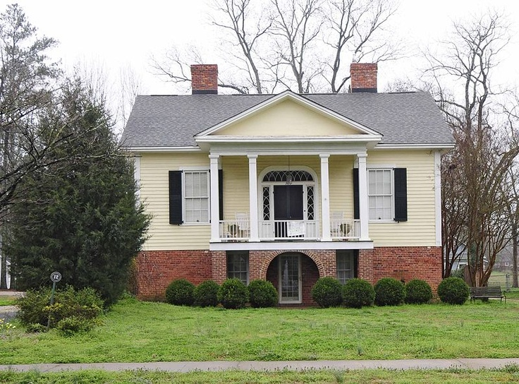 Hart house york south carolina example of raised for Raised floor house