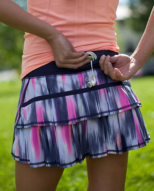 """Lululemon Run Pace Setter Skirt $58.00 Mirage Deep Ingido 4 Way Stretch Regular Only (2012).  front length: 12 1/4"""" ・back length: 13 1/4"""" ・liner: yes - Light Luxtreme shorts with a 3 1/2"""" inseam"""