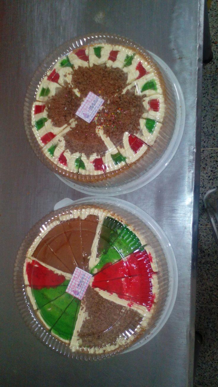 Torta decorada la mas practica elección en el momento de celebrar fechas inolvidables , la podrás encontrar en diferentes sabores