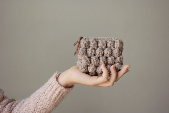 Nawanowe Simple Crochet Clutch -Greyish Beige | Sumally