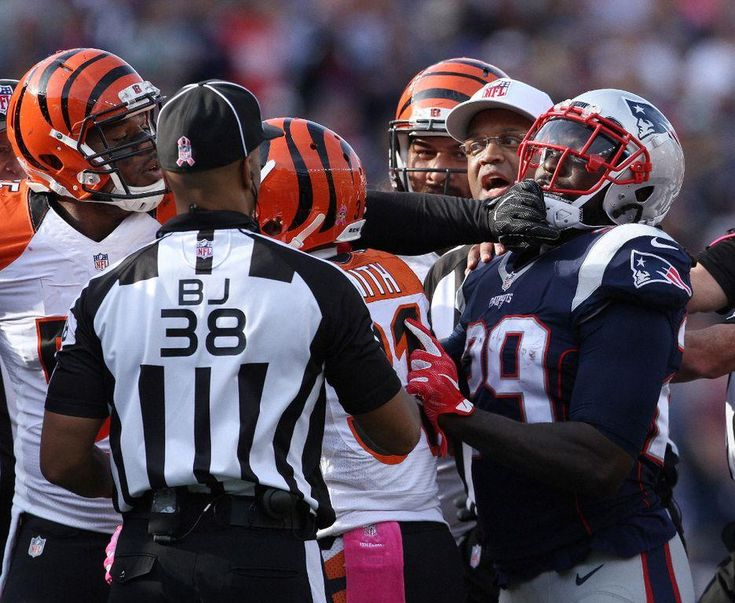 Blount on the Bengals: 'Tempers flare whenever things aren't going their way'