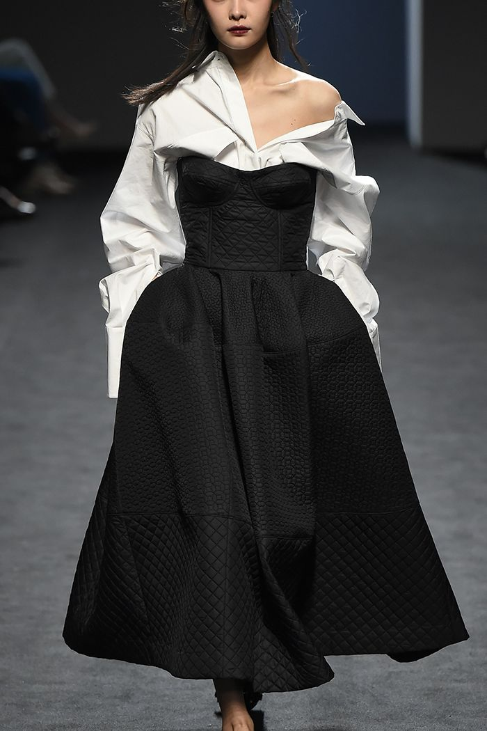 GIVENCHY RUNWAY : Photo