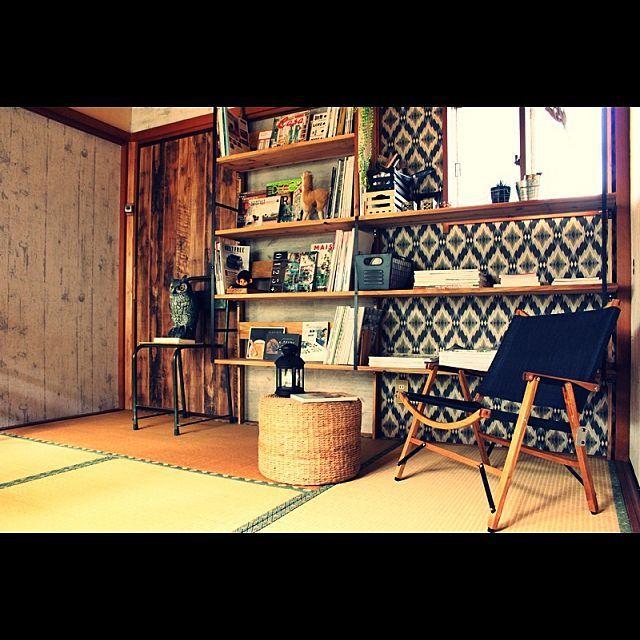 女性で、Other、家族住まいの和室/セルフリフォーム/図書音楽室/手作り家具/壁/天井についてのインテリア実例を紹介。「旦那氏作のカーミットチェアもどき。 自作すれば2000円台で作れるらしいので嫁の分も作ってもらう予定です♪ 」(この写真は 2015-03-17 14:25:50 に共有されました)