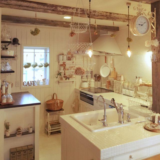 usausaさんの、コンテスト参加します!,ホーローシンク,古材梁,クックフードル,白が好き,タイルキッチン,板壁,キッチン&テーブルウェア,Kitchen,のお部屋写真