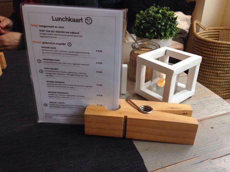 Bijzonder Gewoon - Winterswijk - menukaart - wasknijper op tafel