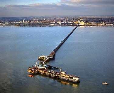 pier_from_helicopter.jpg (375×305)