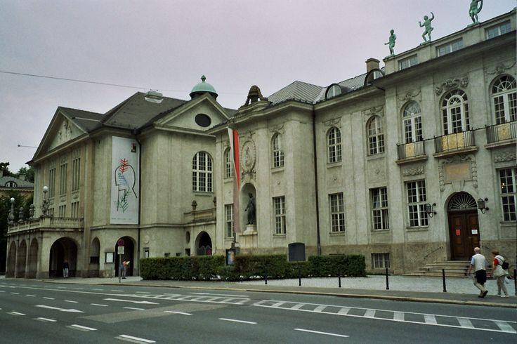 Mozarteum in Mozart Jahr 2006