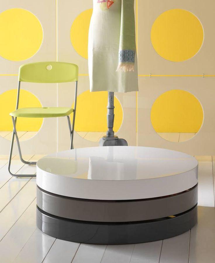 Qi anche il più piccolo complemento fa la differenza. Scopri i nostri tavolini dal design divertente e innovativo !