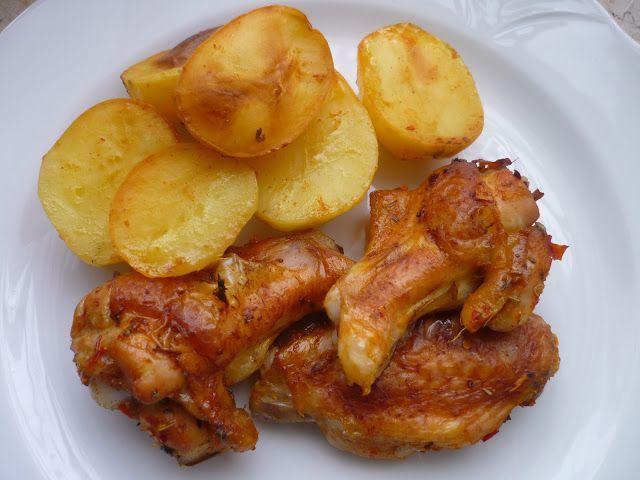 Emel Mutfakta: Fırında Tavuk Kanadı. ( Bol Baharatlı ve Patatesli...