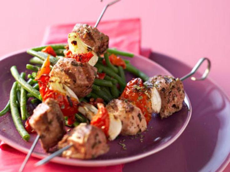 Découvrez la recette Brochettes d'agneau à l'italienne sur cuisineactuelle.fr.