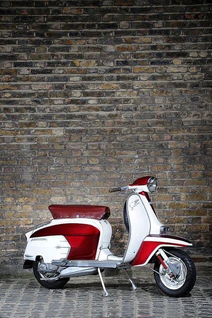 LAMBRETTA SX 200 by FLUIDIMAGES, via Flickr