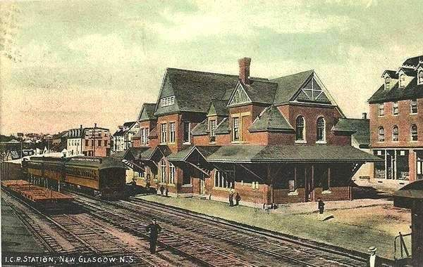 NEW GLASGOW, Nova Scotia, Canada - Intercolonial Railway station p1900 pc -Old Canadian Train Stations, The Maritimes n   -  Picturesque Style architecture  OL