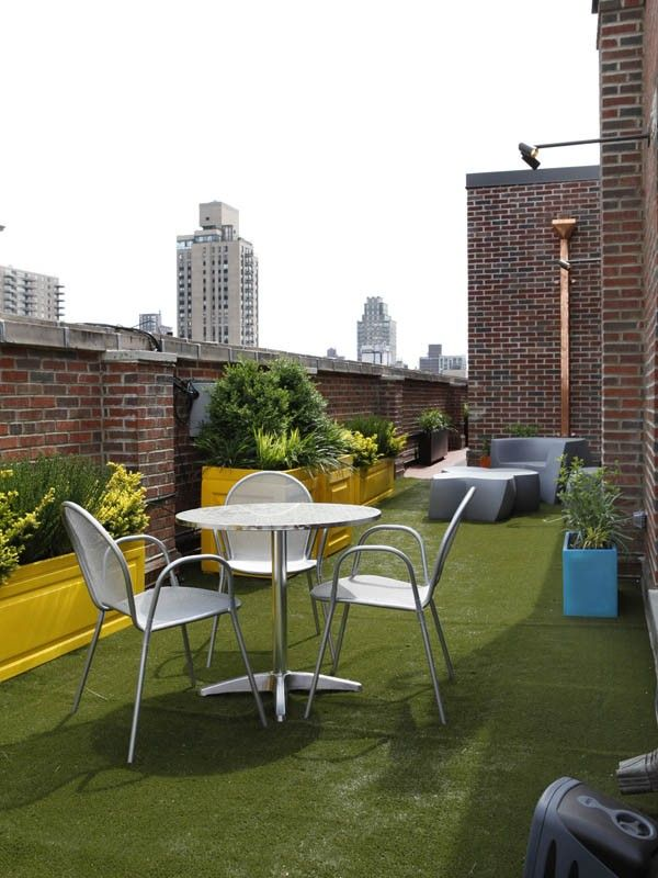 Indoor-Outdoor carpent looks like grass. That's inviting!  (Penthouse Balcony Terrace)