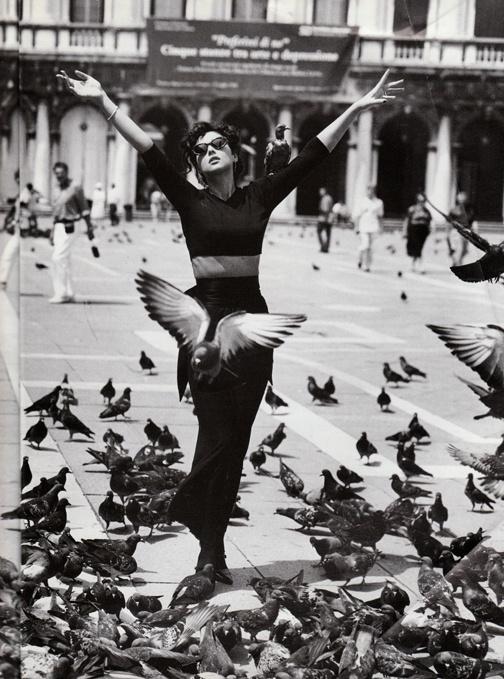 *90's *Vogue Italia *Monica Bellucci *Venice *Black and White